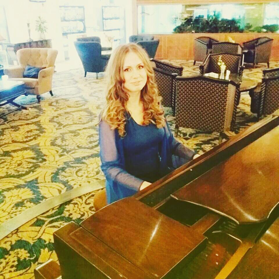 AD - Pianist - GAE events - Dubai - UAE (1)