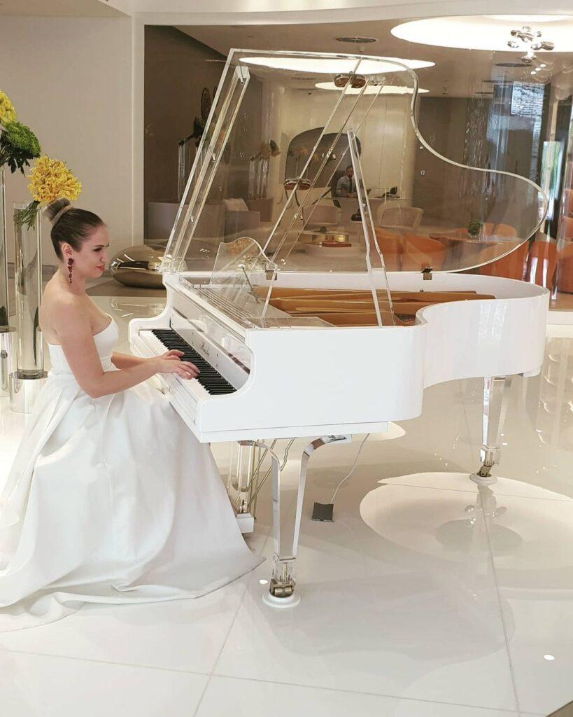 AD - Pianist - GAE events - Dubai - UAE (8)