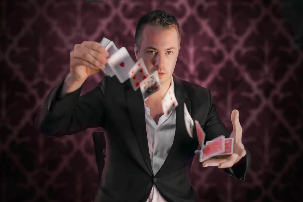 JH - Magician & Illusionist - Gae events - Dubai - UAE (9)
