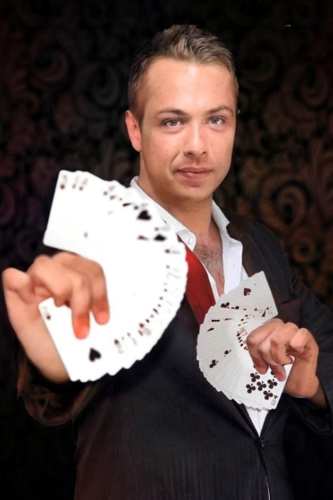 Profile - JH - Magician & Illusionist - Gae events - Dubai - UAE (1)