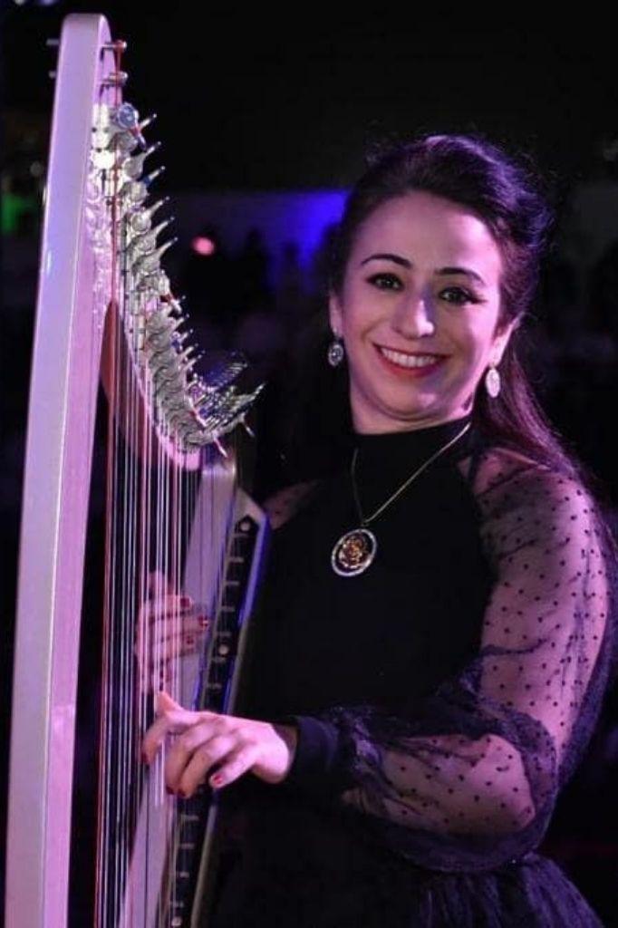 harpist in dubai