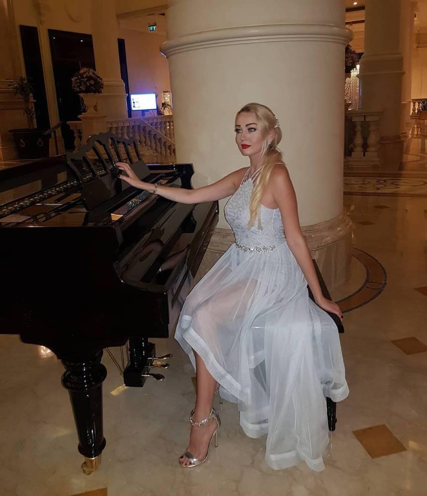 SC - Pianist - GAE Events - Dubai - UAE (9)