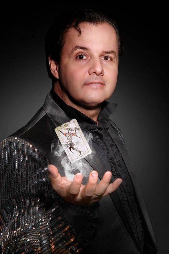 Profile - HM - Magician & Illusionist - GAE events - Dubai - UAE (2)