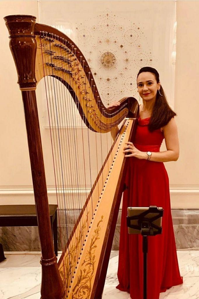 DP Harpist Gae events Dubai UAE 5
